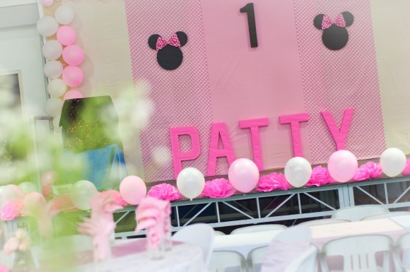 patty turns 1 a diy minnie mouse themed party one charming day